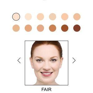 it cosmetics Makeup - NIP New it Cosmetics Bye Bye Foundation in Fair